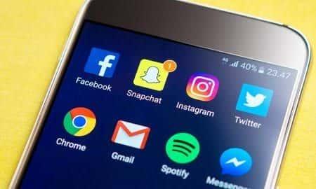 usuwanie wiadomości z Facebook Messenger