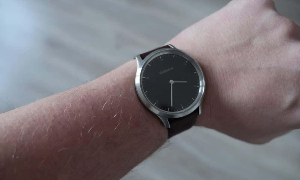 "Garmin Vivomove HR to klasyczny zegarek z funkcjami typu ""smart"""