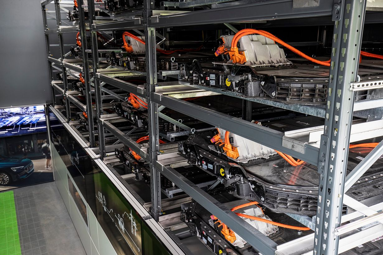 Do roku 2025, co trzecie nowo sprzedane Audi będzie wyposażone w napęd elektryczny.