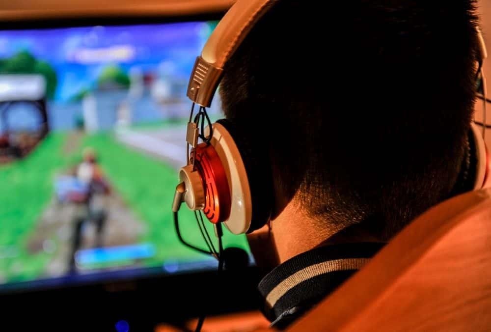 Corsair VOID PRO RGB USB Premium Gaming Headset with Dolby Headphone 7.1 - słuchawki dla graczy