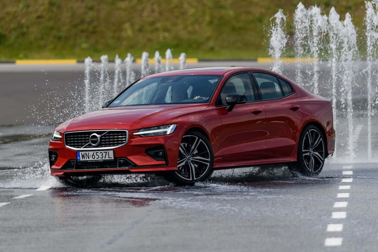 Jak widać, na torze znalazło się także miejsce na aktualnie sprzedawane modele Volvo