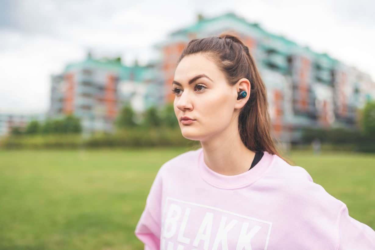 Słuchawki LAMAX Dots1 oferują stabilne połączenie i długi czas pracy