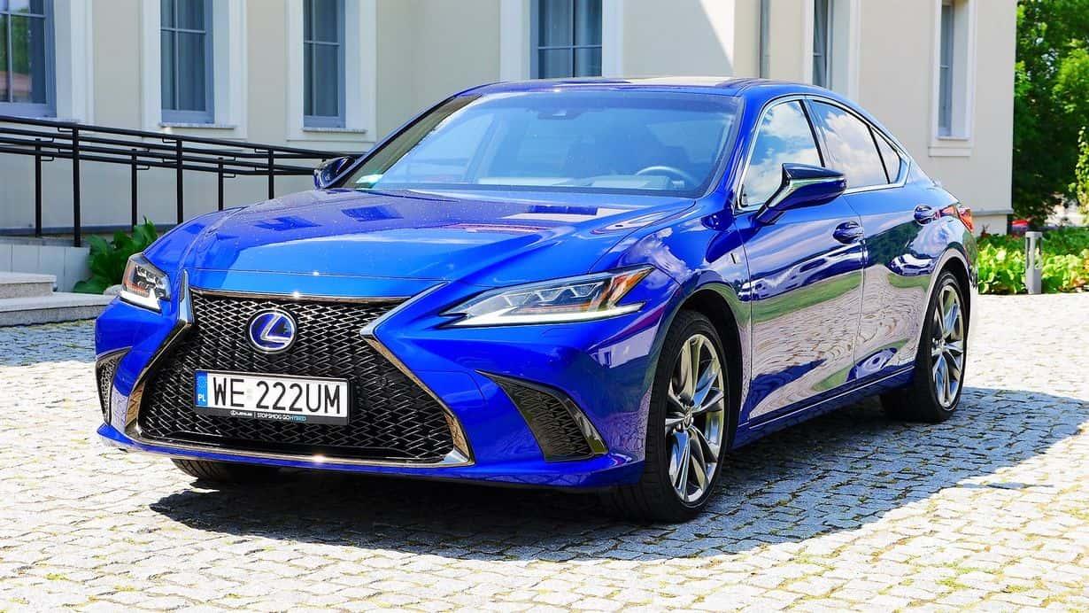 Lexus ES to jednak taki egzotyk, marka zdecydowanie rzadziej spotykana. To według Was wada, czy zaleta?