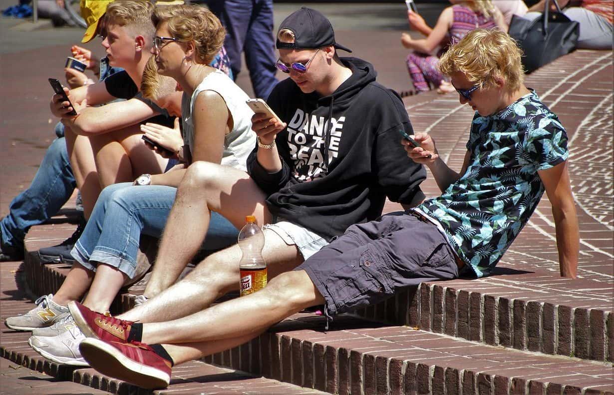 37% nastolatków w wieku 13-15 lat widziało tzw. patotreści