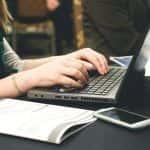 Jak wybrać używany laptop klasy biznes?