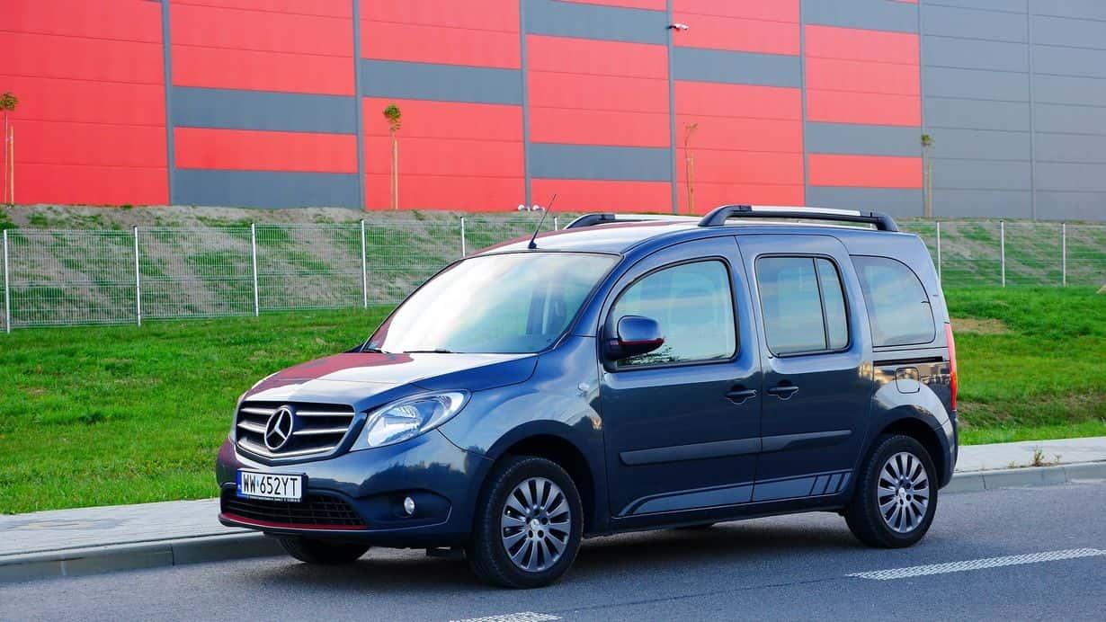 Kombivan, który rzeczywiście może się podobać? Mercedes-Benz Citan Tourer jest tego przykładem.
