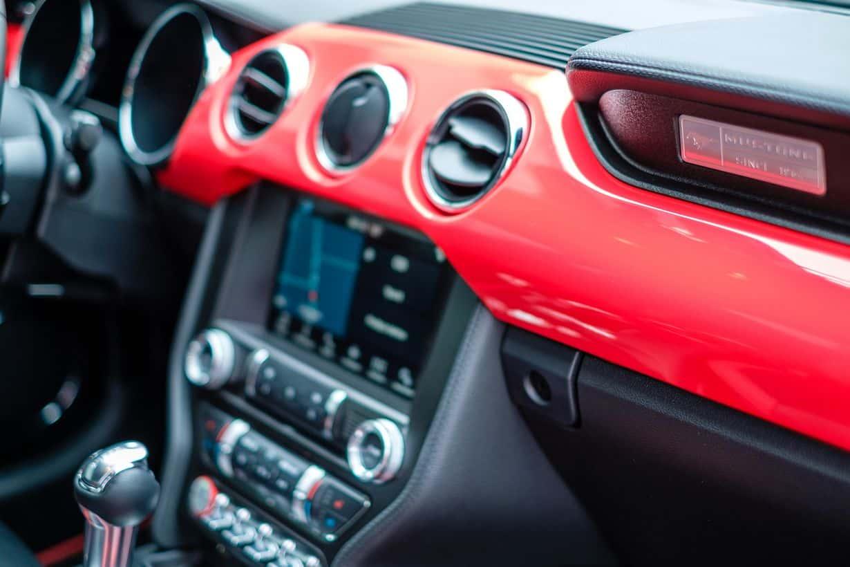 Akcesoria samochodowe, czyli co przyda się w aucie w każdej chwili?