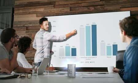 XGIMI wypuścił kieszonkowe projektory MoGo na Polski rynek