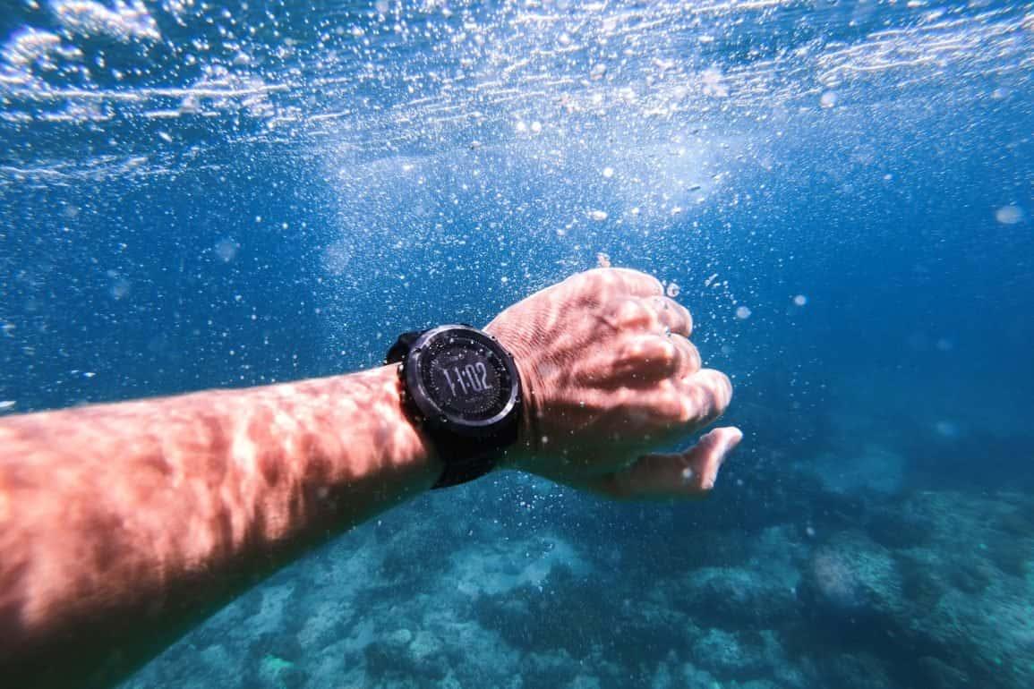 Zegarek wodoszczelny na rękę – kilka porad przed zakupem