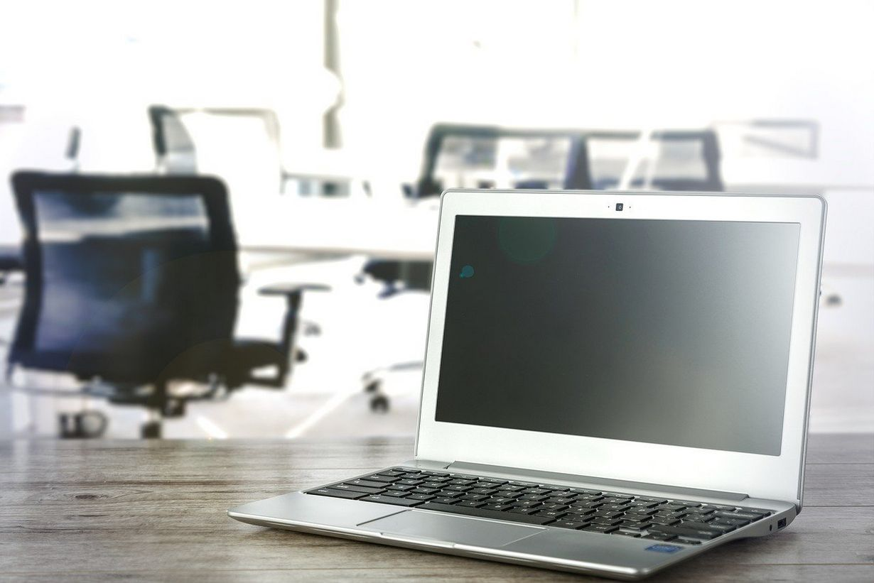 Jakiego kupić laptopa? Wybór wcale nie jest taki oczywisty.