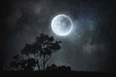 Śnieżny Księżyc - super pełnia już w ten weekend