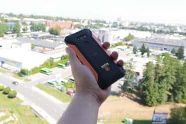 HAMMER Explorer - smartfon na budowę i nie tylko