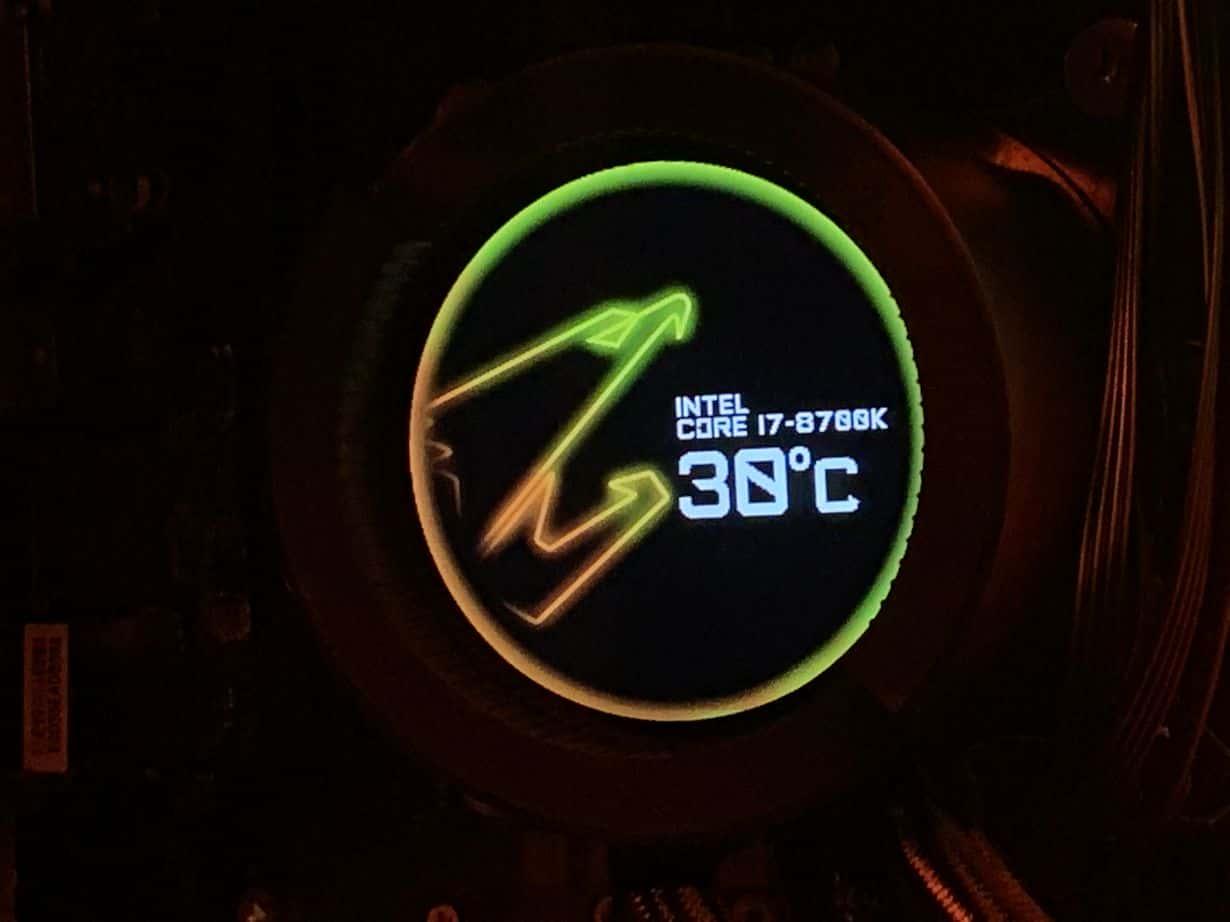 "Projekt ""Orange Box"" wraz z Be Quiet Pure Base 500DX"