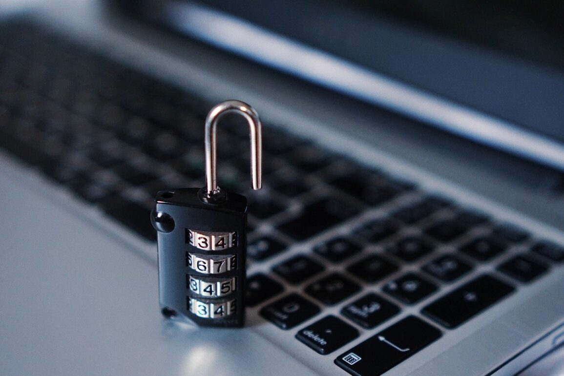Phishing - 5 sytuacji, w których pracownicy otwierają drzwi hakerom
