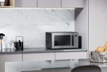Kuchenka mikrofalowa Samsung MG23T5018CG - recenzja