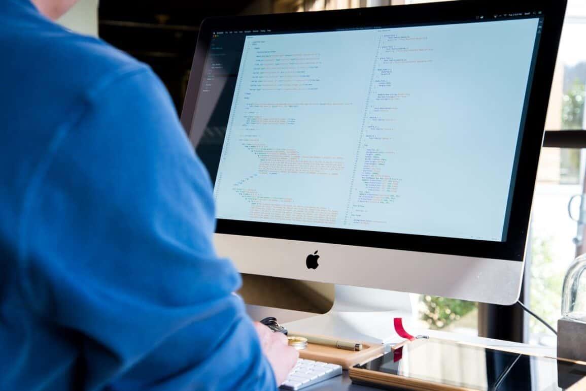 Samozatrudnienie jako forma współpracy dla informatyka w branży IT