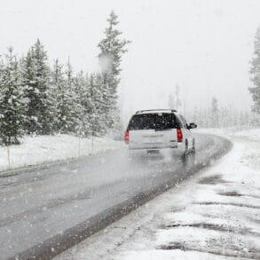 Opony zimowe – co zrobić, by starczały na dłużej