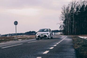 Używana Toyota Corolla XII sedan. Test, wady i zalety