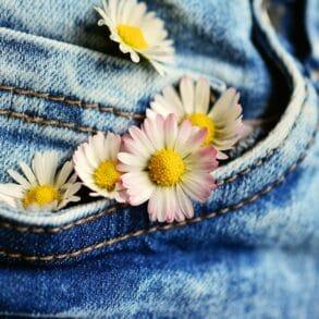 Jak wybrać idealne jeansy dla naszej wybranki