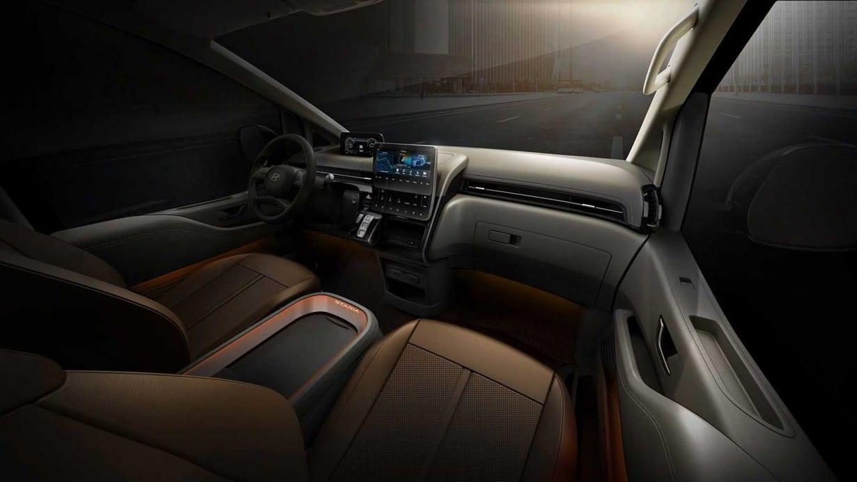 Hyundai Staria Minivan