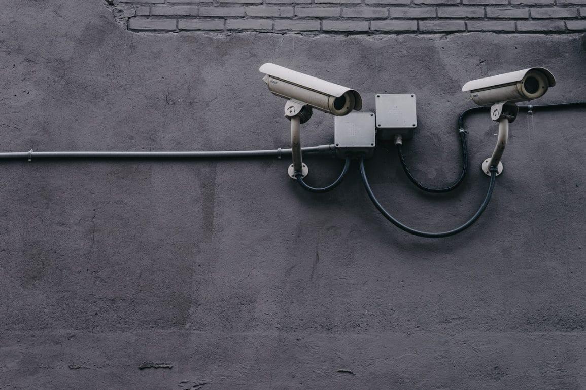 Masz kamerę firmy Eufy? Lepiej ją wyłącz, bo sąsiad zobaczy co robisz