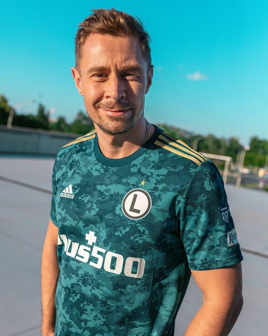 Nowa koszulka Legii Warszawa i adidas. Pomoże w wygraniu Ekstraklasy?