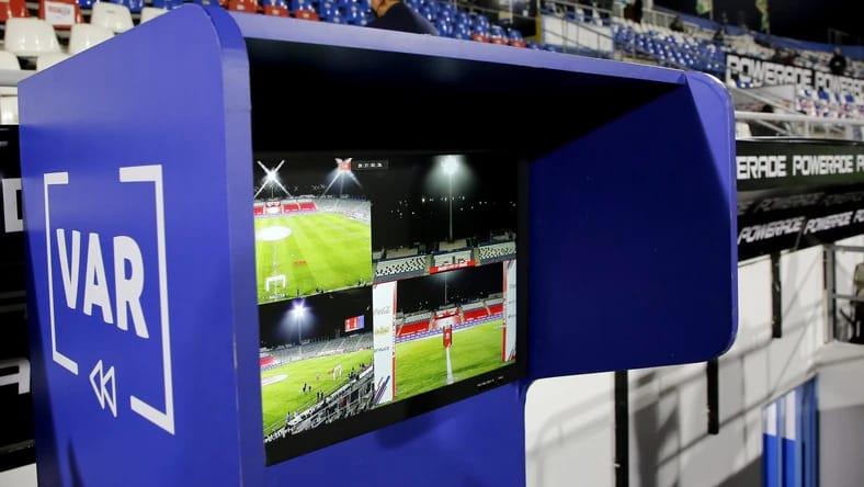 VAR wkracza na mecze Fortuna 1 Ligi Foto Marcelo Hernandez Stringer Getty Images