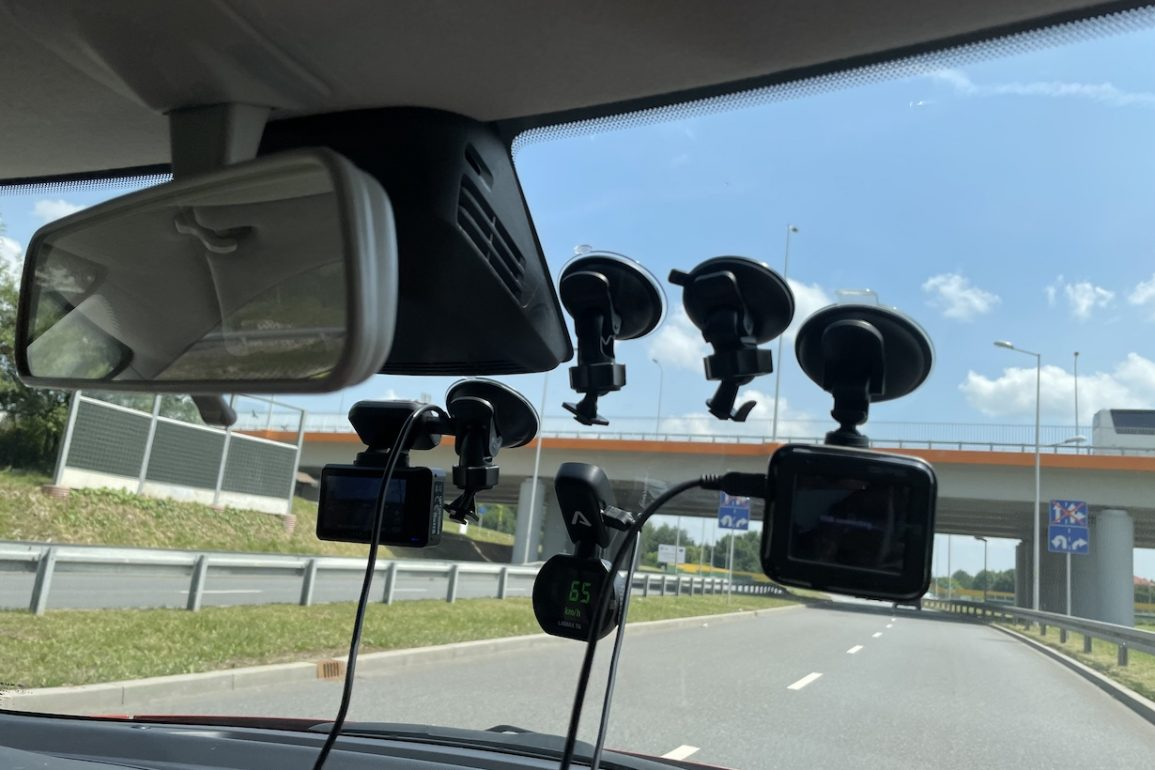 Jaki wideorejestrator wybrać? Ranking kamer samochodowych 2021