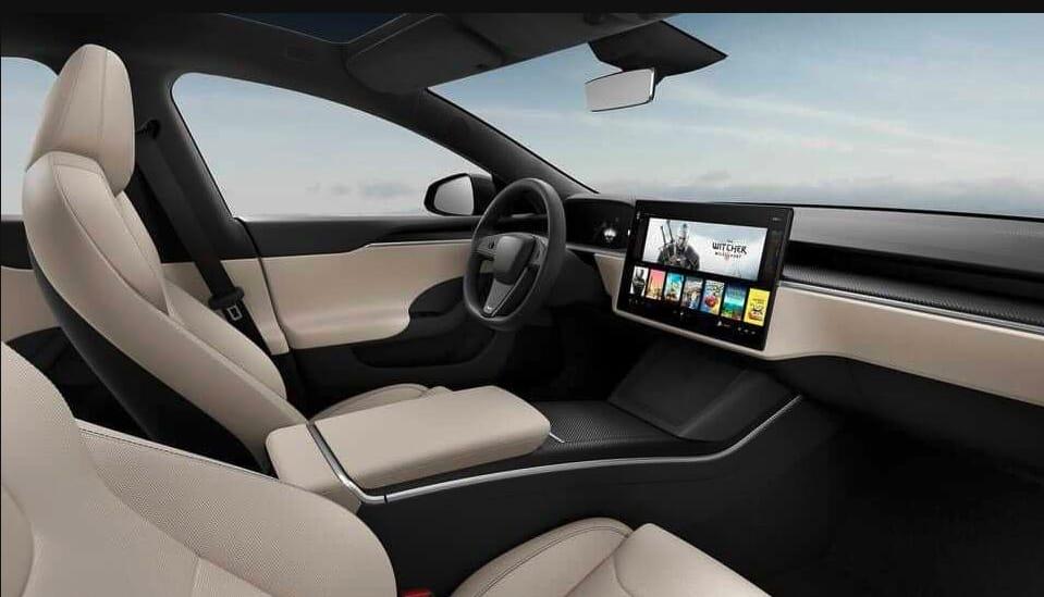 Tesla Model S bez kierownicy
